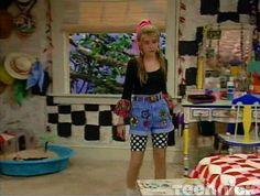 Como cuando usó leggings cortos bajo sus shorts. | 18 Veces que 'Clarissa ' nos dio nuestras primeras lecciones de moda