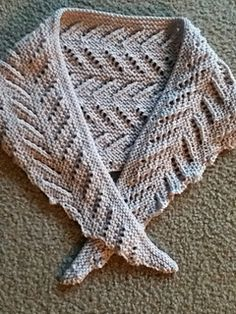 A fun scarf to make! This is a 15 row pattern repeat that works up quickly on size 10 needles. Free on my blog - hope you enjoy!