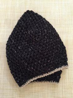 黒のツイードのベレー帽