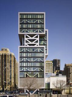 Godfrey Hotel by Valerio Dewalt Train Associates / Chicago, IL, USA