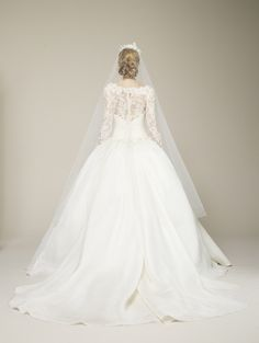 Marchesa Spring 2013 Bridal Collection 32