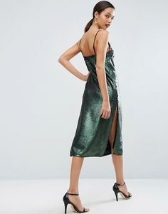 Discover the latest fashion & trends in menswear & womenswear at ASOS. Shop our collection of clothes, accessories, beauty & Latest Fashion Clothes, Latest Fashion Trends, Fashion Online, Asos Online Shopping, Online Shopping Clothes, Asos Sequin Dress, Green Midi Dress, Women Wear, Sequins