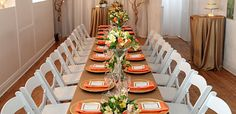 Long table to celebrate a special dinner after your wedding