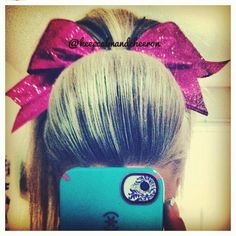 Natural cheer hair (a poof with a ponytail) Cheerleading Bows, Cheer Bows, Cheer Ponytail, Bump Hairstyles, Cheer Hairstyles, Front Hair Styles, Tumblr, Hair And Nails, My Hair
