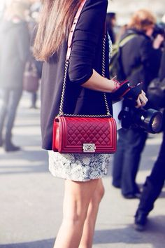 Chanel Boy, Red