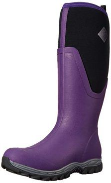 Rubber books or hiking boots or snow boots or rain boots. Muck Boots Arctic Sport Ll Extreme Conditions Tall Rubber Women's Winter Boot ,Boots Stylish Winter Boots, Short Winter Boots, Best Winter Boots, Short Rain Boots, Winter Fashion Boots, Womens Muck Boots, Snow Boots Women, Fishing Boots, Fly Fishing