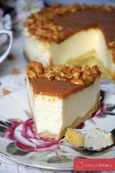 Sernik zkrówką Christmas Cooking, Food Cakes, Cake Recipes, Cheesecake, Pudding, Baking, Eat, Desserts, Flat Irons