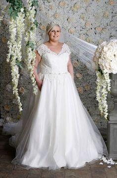 Bröllopsklänning stor storlek