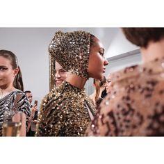 Présentation @idancohenofficial  @jeanfrancoispfeiffer  #paris #portraitphotography #xt2 #fujifilm #fujilove #portraiture #vsco #vscomag #look #lookoftheday #fw1718 #portraitpage #fujifeed #modeling  #instastyle  #découvrirensemble #backstagephoto  #instasize  #couture #model  #vscomag #runwayshow #hautecouture #fashionshow #backstage