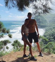 Conor Dwyer and Kelsey Merritt: Hiking together in Hawaii (Dec Cute Relationship Goals, Cute Relationships, Family Goals, Couple Goals, Conor Dwyer, Hawaii Hikes, Kelsey Merritt, The Love Club, Fotos Goals