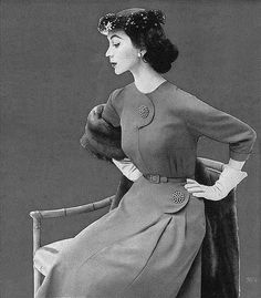 Dovima-1952