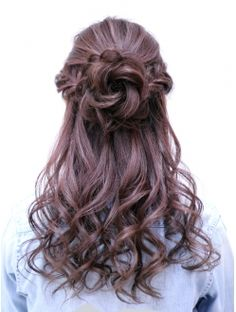 *BIZE梅田 お花ハーフアップ Quince Hairstyles, Open Hairstyles, Girl Hairstyles, Wedding Hairstyles, Hairdo Wedding, Hair Arrange, Aesthetic Hair, Dyed Hair, Hair Inspiration