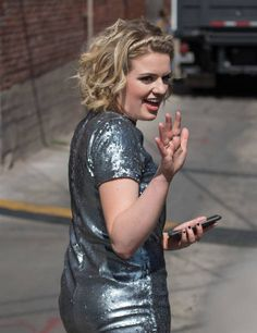 'American Idol' winner Maddie Poppe is seen at 'Jimmy Kimmel Live' on May 23 2018 in Los Angeles California Maddie Poppe, Jimmy Kimmel Live, Los Angeles California, American Idol, Curly Girl, Singers, Musicians, Curls, Lyrics