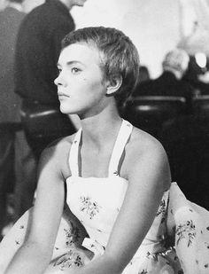 actress ⊰ jean seberg (marshalltown, iowa I938 † paris I979) I957 in bonjour tristesse french movie scene film cinéma portrait