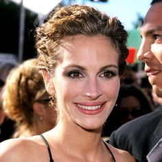Google Image Result for http://img2.timeinc.net/instyle/celebrities/1999-julia-roberts-400.jpg