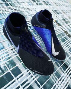 Cool Football Boots, Soccer Boots, Football Gloves, Nike Soccer, Nike Football, Soccer Cleats, Football Tattoo, Nike Boots, Soccer Drills