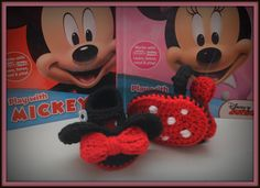 Minnie Mouse inspired crochet baby shoes/slippers//Marie from Aristocats//Snow White//Maid Marian from Robin Hood - pinned by pin4etsy.com