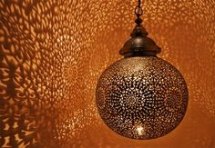 Amazing pattern from the light fixture