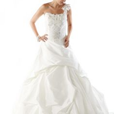 Trendy Get this Kirstie Kelly wedding dress for Today only