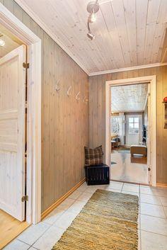 FINN – Hemsedal Ski Lodge - Flott leilighet med balkong og utsikt - 3 sov. - 2 bad - Badstue - Ski inn/ut! INGEN UTLEIEPLIKT
