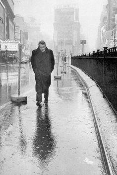 James Dean sotto la pioggia
