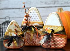 The Wood Connection - Candy Corn Trio Class, $20.95 (http://thewoodconnection.com/candy-corn-trio-class/) Halloween Wood Crafts, Spooky Halloween, Halloween Decorations, Holidays Halloween, Happy Halloween, Thanksgiving Crafts, Fall Crafts, Holiday Crafts, Fall Pumpkins