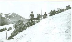 Battle of Sarikamish - An Ottoman machine gun unit at Allahüekber Mountains on the eastern front during the Battle of Sarıkamış 1915