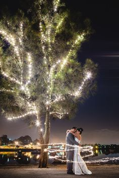 Long exposure with moving Sparkler   - Photographer Hilary Cam from Sydney #wedding