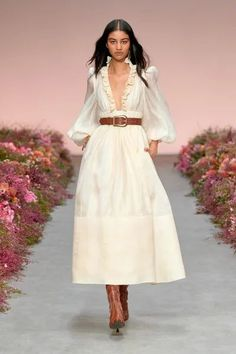 Fashion Week, New York Fashion, Look Fashion, Fashion Trends, Couture Fashion, Runway Fashion, Spring Summer Fashion, Spring Outfits, Vetement Fashion