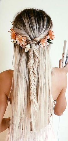 Our Favorite Wedding Hairstyles For Long Hair ❤ See more: http://www.weddingforward.com/favorite-wedding-hairstyles-long-hair/ #weddings Island Hair, Flowers In Hair, Wedding Hair Flowers, Bridesmaid Flowers, Bridesmaid Hair, Wedding Dresses, Bridesmaids, Braid Hairstyles, Bohemian Hairstyles
