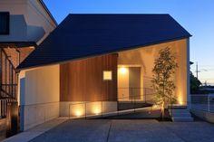 一級建築士事務所SYNC 『斜屋根の家』 http://www.kenchikukenken.co.jp/works/1238567998/1263/