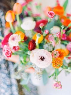 Ranunculus | Floral arrangement by #thebridescafe  #janiemedleyfloradesign