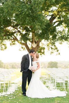 Beautiful summer wedding at Heritage Ranch // Lori Lynn Photography