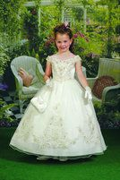 Cupids by Mary's Bridal F653