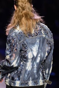 View all the detailed photos of the Jean Paul Gaultier haute couture spring 2016 showing at Paris fashion week. World Of Fashion, New Fashion, Trendy Fashion, High Fashion, Fashion Photo, Jean Paul Gaultier, Look Jean, Elisa Cavaletti, Studded Denim