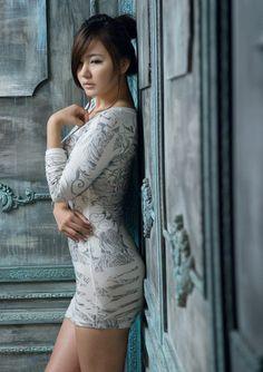 ryu ji hye at DuckDuckGo Cute Korean Girl, Asian Girl, Korean Beauty, Asian Beauty, Beauty Women, High Neck Dress, Bodycon Dress, Glamour, Female