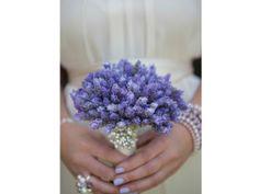 El ramo de novia y las uñas de la novia | El blog de María José #novias #ramo #uñas #look