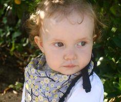 diy cheche enfants 2 carré de 50 cm bordé de crochet ou de ruban IMG_2832