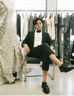 Cole Sprouse getting ready for the Met Gala 2018