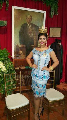 ba7a139eb0 198 mejores imágenes de Vestidos Panameños Estilizados