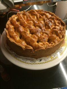 Nogmaals appeltaart met appels uit eigen tuin. Nu op grootmoeders wijze. 30 sept.