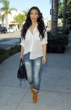 Kim kardashian skinny curvy jeans