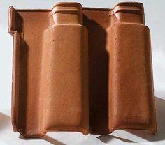 Romana (23,6 x 40 cm), da Cerâmica Videira. 17 peças por m². Inclinação mínima: 30%.