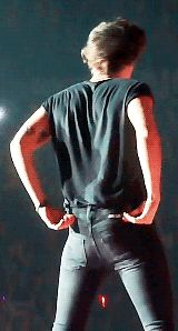 You wish you were this tight pair of pants. | 31 Signs You Love Harry Styles More Than Anything On This Planet