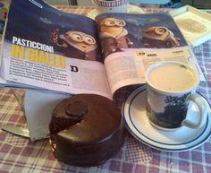 Una cinecolazione estiva da urlo! Minions con cappuccino e torta Sacher originale, arrivata direttamente da Vienna