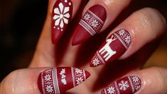 Christmas Nails Long - Matte Christmas Sweater Stiletto Nails - Watch V=uyujwrytvhi   Cute Christmas Nails, Christmas Nail Art Designs, Holiday Nail Art, Xmas Nails, Winter Nail Art, Christmas Christmas, Christmas Design, Simple Christmas, Beautiful Christmas