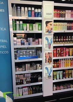 Aluma3 helps Vichy, Roger&Gallet and La Roche-Posay highlight their presence in Campo de las Naciones Pharmacy.