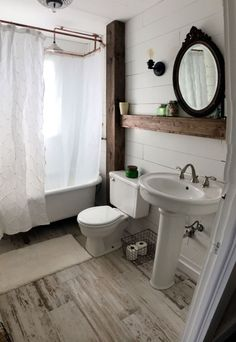 Nice 88 Modern Rustic Farmhouse Style Master Bathroom Ideas. More at http://88homedecor.com/2017/12/27/88-modern-rustic-farmhouse-style-master-bathroom-ideas/