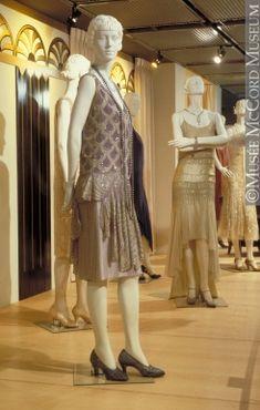 About 1927, 20th century Fibre: silk ? (crepe de chine, gauze); synthetic: plastic (sequins); glass (diamanté); metal (gilt t