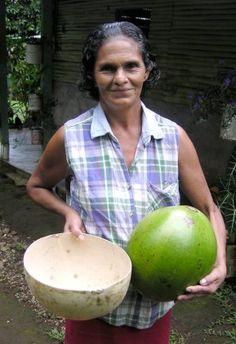 Enidina Saldana with before and after, totumas.